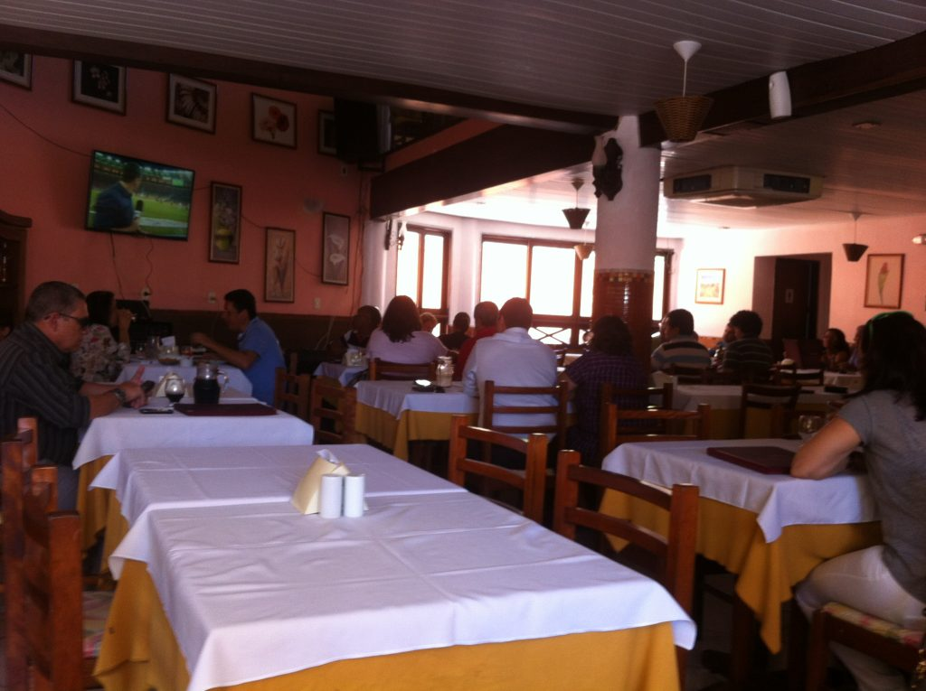 Restaurante no Imbuí