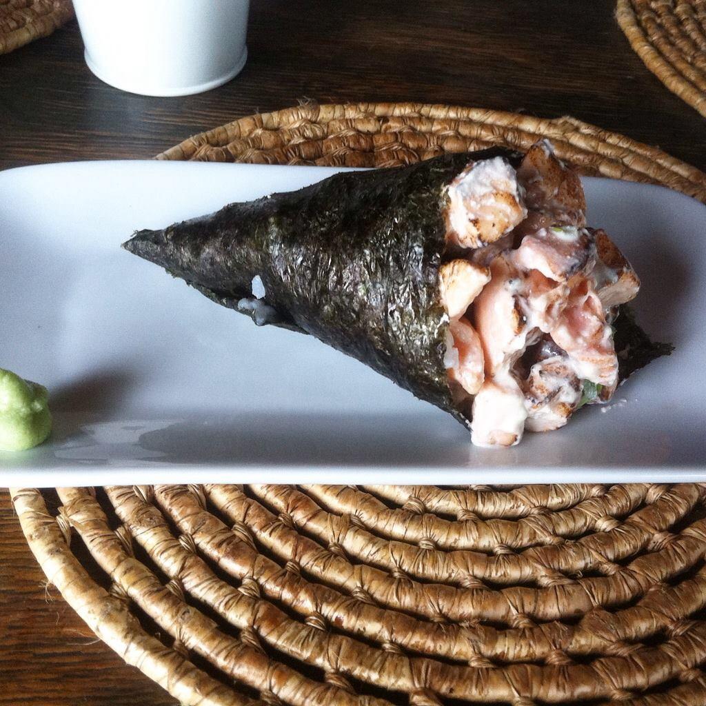 Onde comer crepe e temaki em Salvador