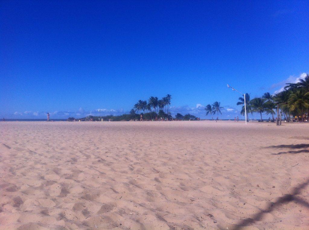 Segunda Praia, num raro momento sem as cadeiras e barracas