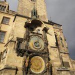 Praga: o Relógio Astronômico e a Torre da antiga Prefeitura