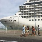 Os navios que chegam a Salvador pelo Comércio que pede socorro