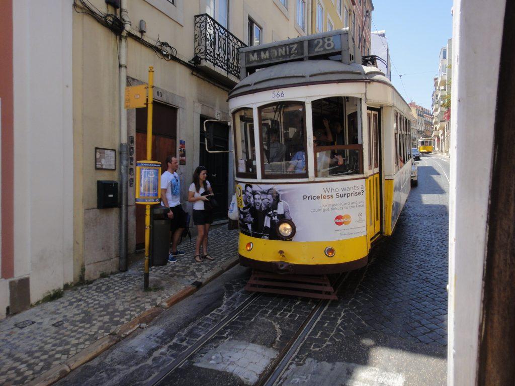 Centro antigo de Lisboa - Chiado, Elétrico 28. O que fazer em Lisboa