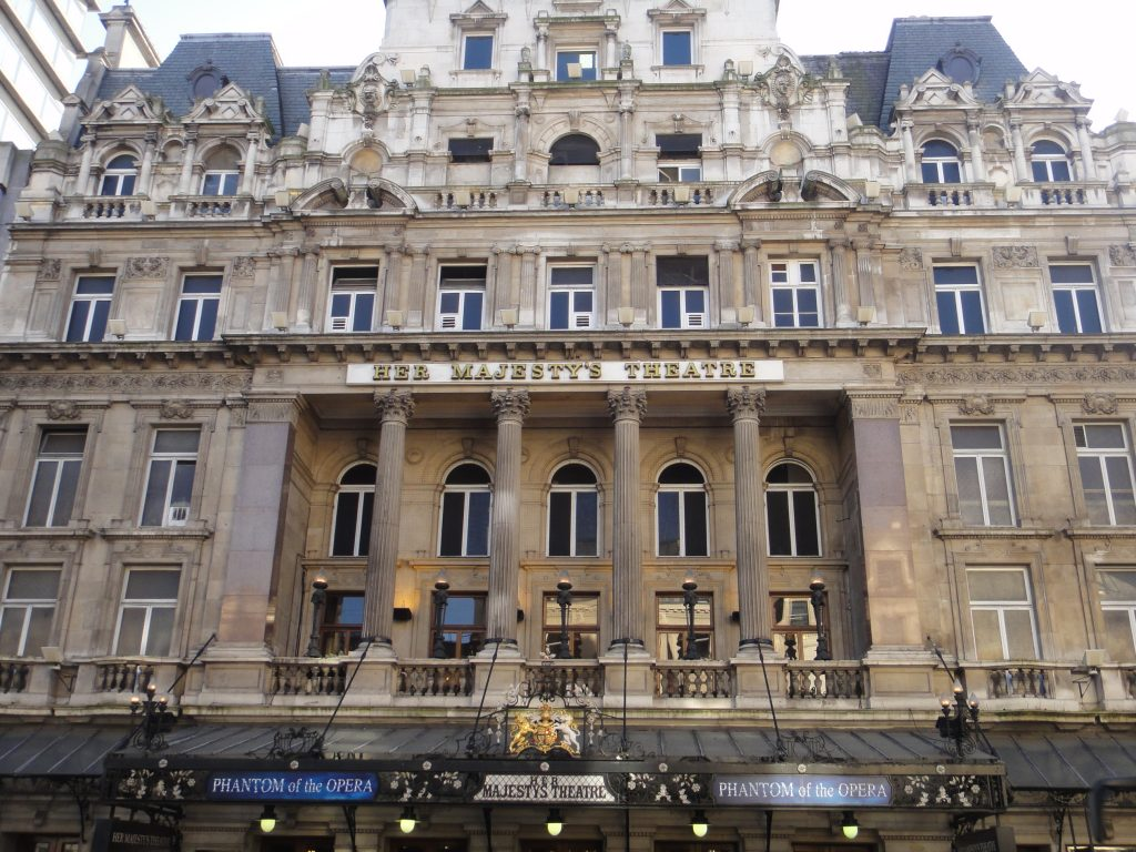 Ruas de Londres - Her Majesty's Theatre