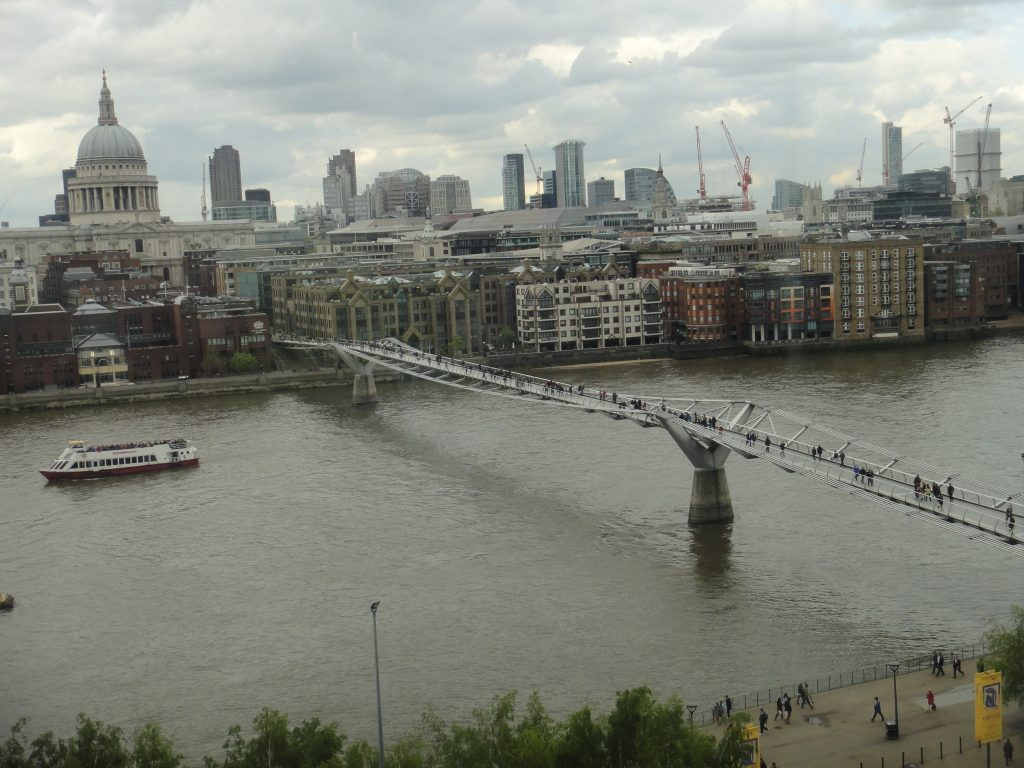 Millenium Bridge. Pontes de Londres