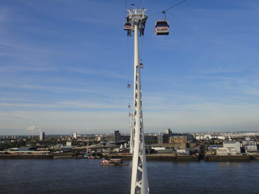 Emirates Air Line Cable Car. O que fazer em Londres