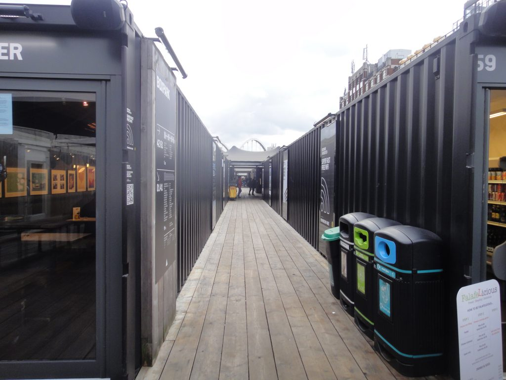 Boxpark em Shoreditch: O que fazer no leste de Londres