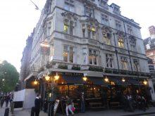 The Red Lion - Pub da Rainha Elizabete II e Duque de Edimburgo