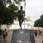 Semelhanças entre Salvador e São Paulo: Estátua de Zumbi, Igreja do Rosário dos Pretos e Relógios Públicos