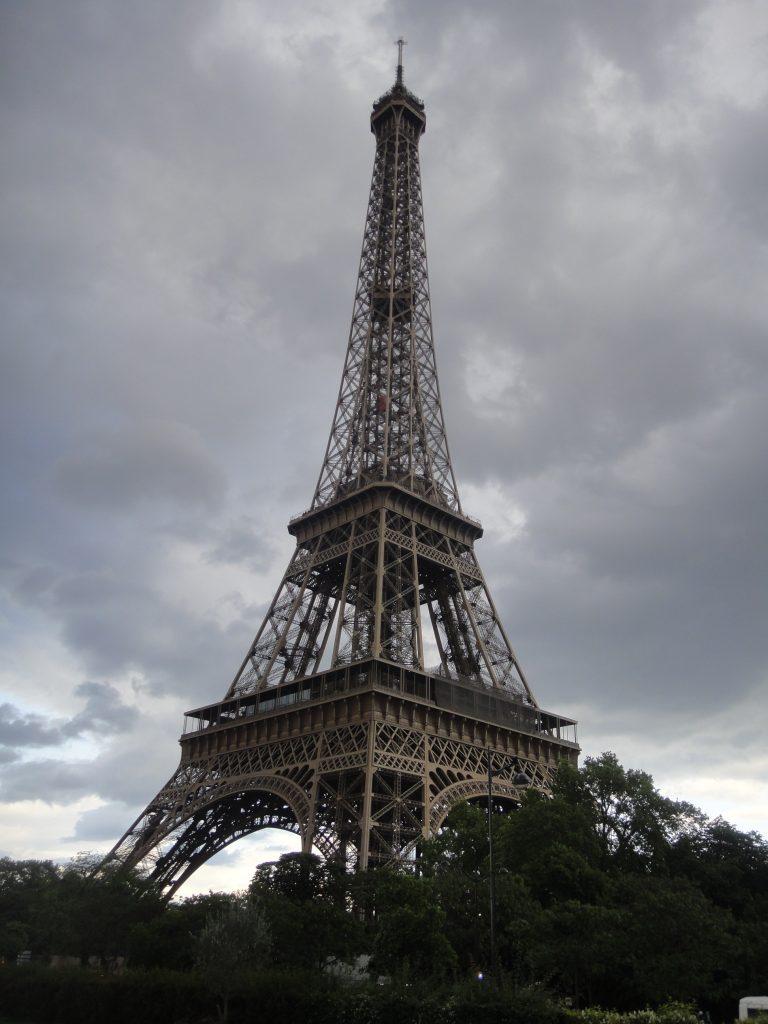 Torre Eiffel - O que fazer em Salvador