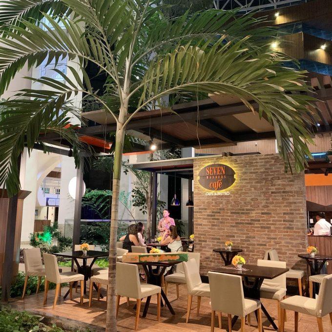 Seven Wonders Cafe
