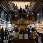 Livraria Lello, a mais graciosa livraria do mundo | Dicas de Porto